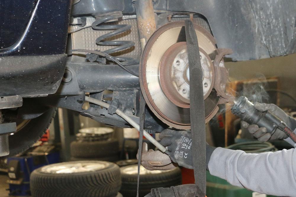 Bremsen Reparatur